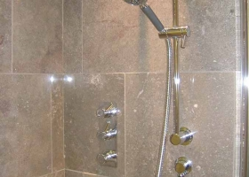 Mandale Fossil Shower 1