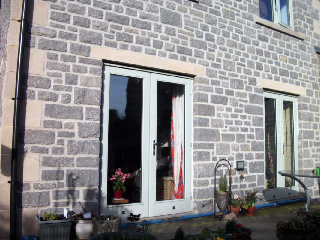 Yourlgrave Building Stone dark