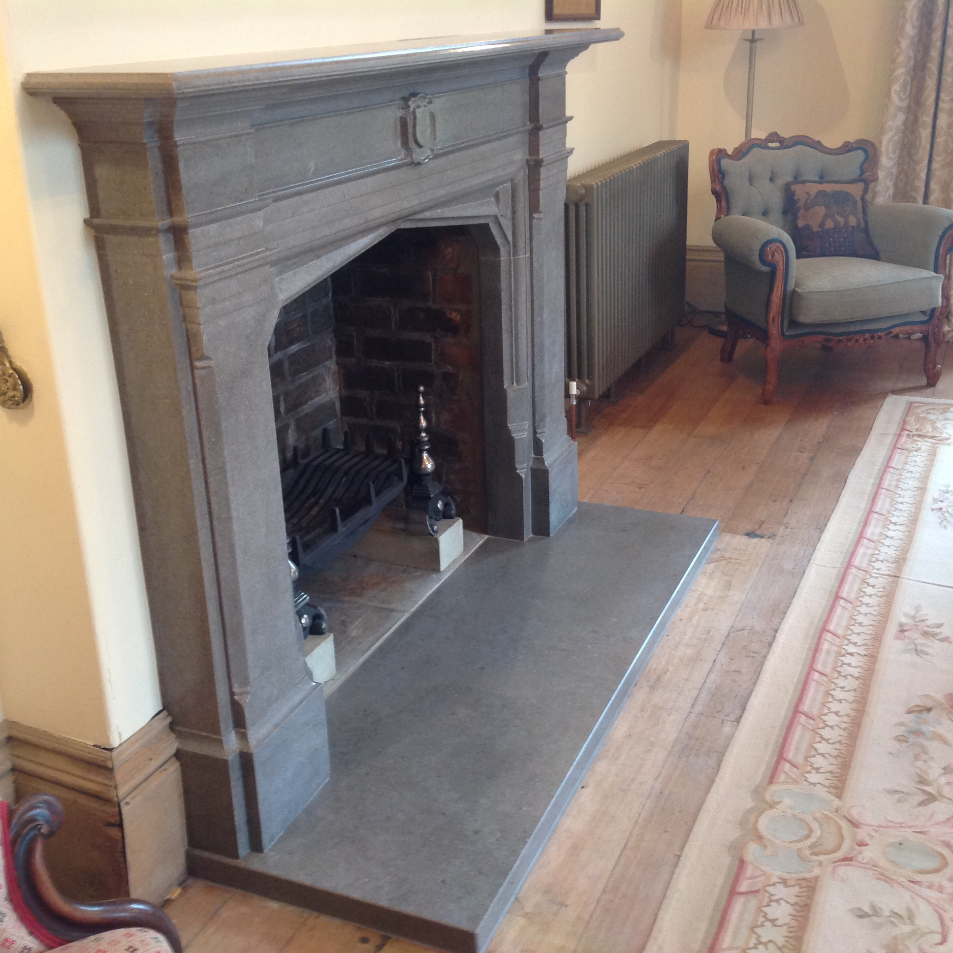 Mandale Fire surround picture 2