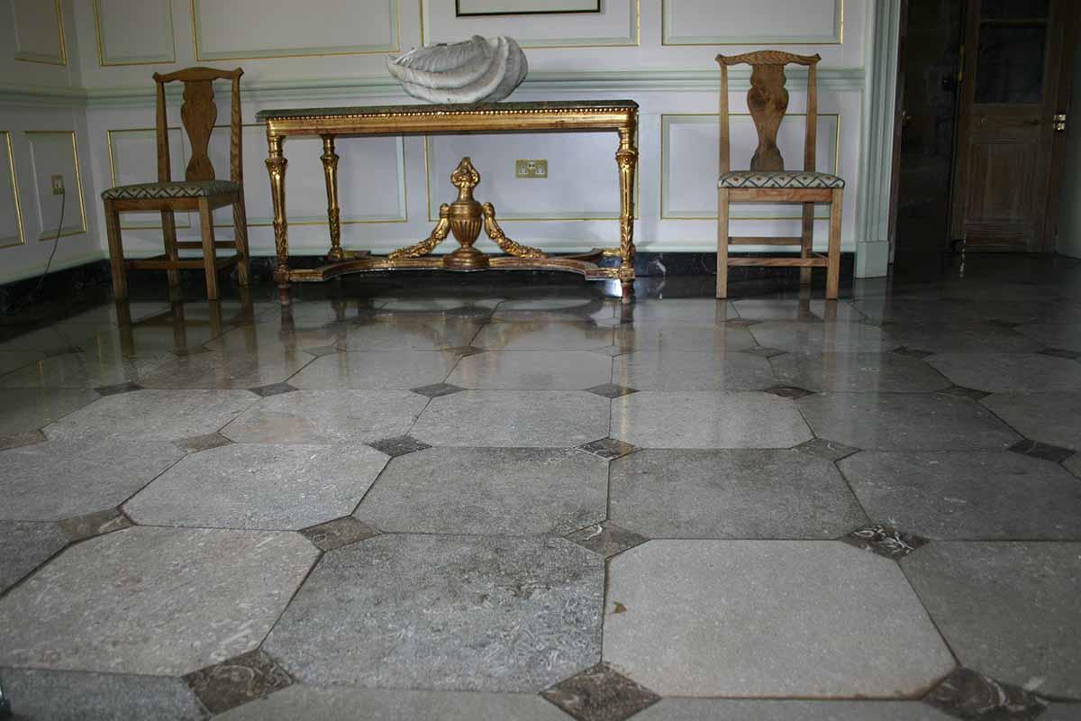 Mandale floor-hotel